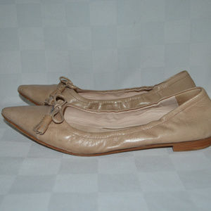 Sz 39.5 9 Prada Tan Pointed Toe Ballet Flats